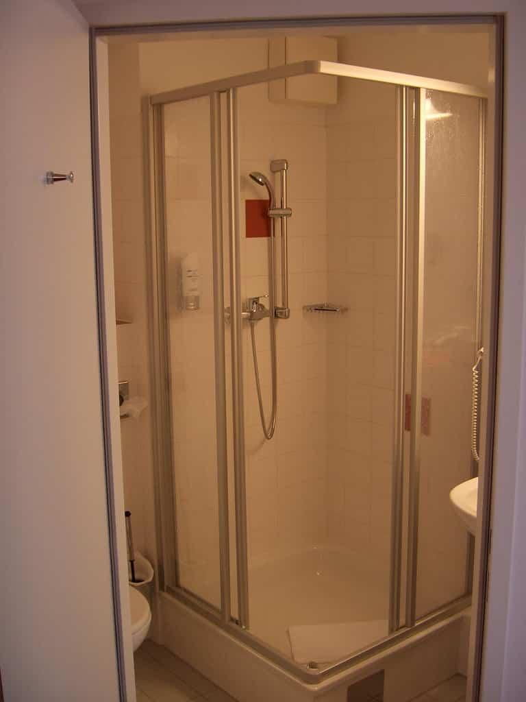 Csúszás mentes zuhanytálca